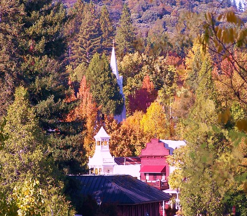 fall fallcolors nevadacity nevadacityca nevadacitycalifornia