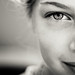 Eva by Lothian's Foto's / Richard Brocken