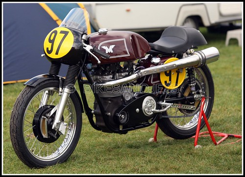 MATCHLESS  G50  500cc  Cadwell Park  09