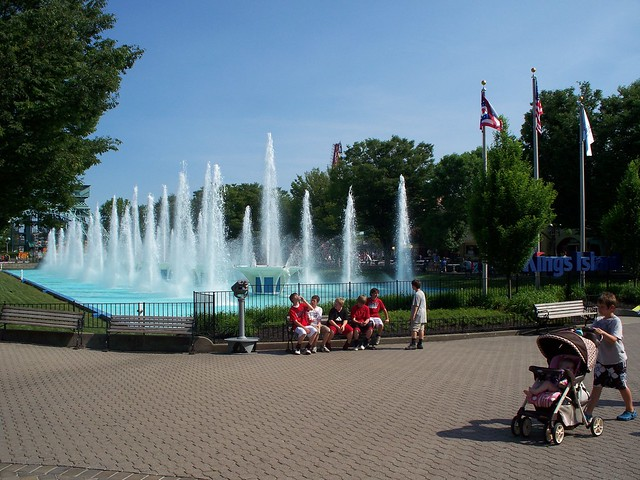Kings Island - International Street