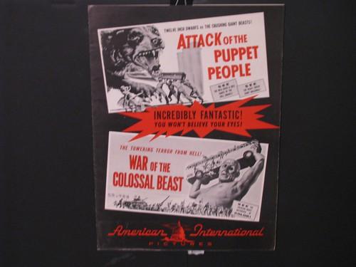 attackofpuppet-warofcolossal_pressbook