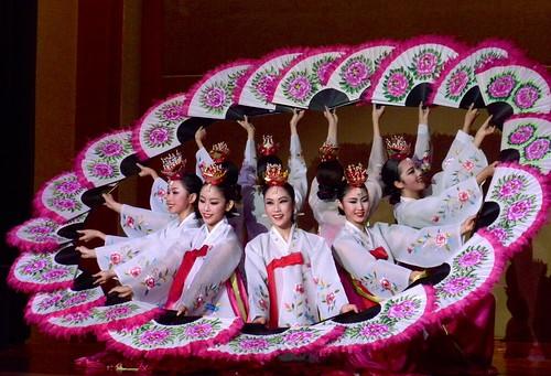 Korean Folk Dance, Buchaechum, Fan Dance