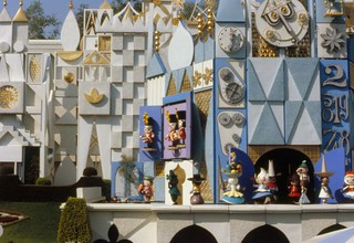 The quarter hour parade, It's a Small World, Disneyland, 1979