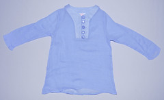 baby & toddler clothing(0.0), aqua(0.0), turquoise(0.0), outerwear(0.0), lavender(0.0), pocket(0.0), t-shirt(0.0), textile(1.0), clothing(1.0), sleeve(1.0), azure(1.0), blue(1.0),