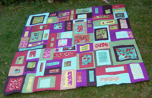 Lantern Bloom quilt top