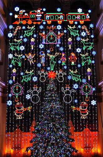Christmas Light Show at Macy's in Center City: November 25 ...