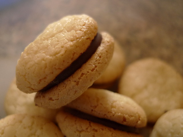 chewy amaretti cookies | Flickr - Photo Sharing!