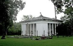 Demopolis, AL - Glover Mausoleum, 1841-1845