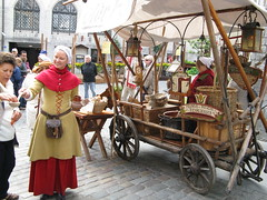 rickshaw(0.0), middle ages(0.0), history(0.0), carriage(0.0), vehicle(1.0), cart(1.0),