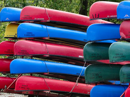 blue red color green yellow colorful bright indiana canoes milltown blueriver crawfordcounty cavecountrycanoes p189 dschx1