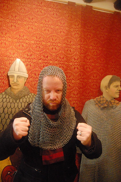 Header of chain-mail