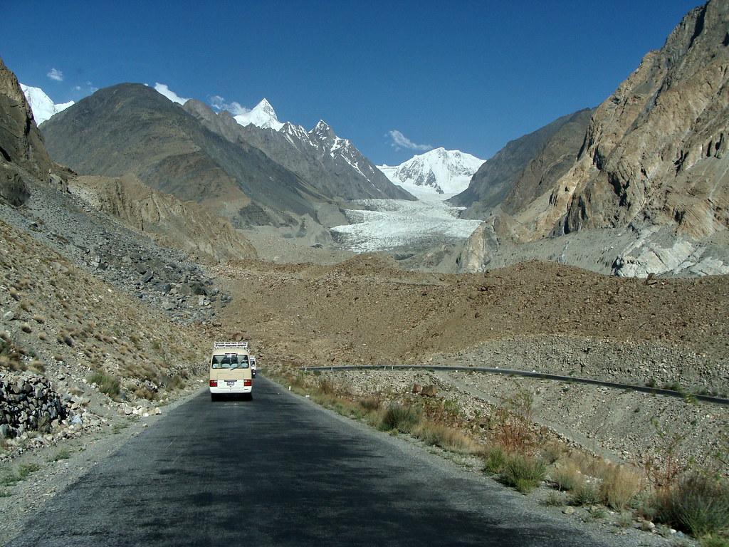 Kara Koram Highway ; Pakistan