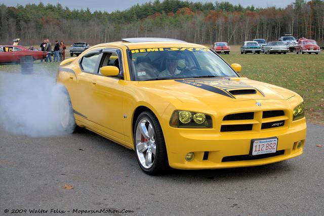 2009 charger srt8