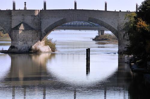 Zaragoza.El Puente de Piedra. Explore 24 de noviembre de 2009