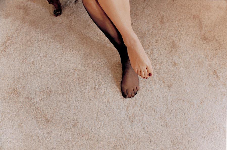 裸體創造出家人間令人震驚的親密感:赤裸並不全然代表色情,也可以是親情47
