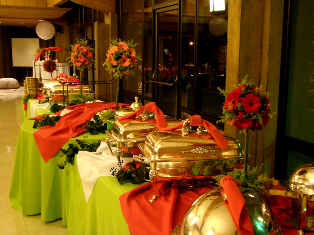 Holiday buffet table decorations for Table design tips