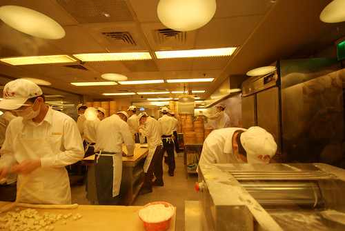 Din Tai Fung workers making xiao long bao