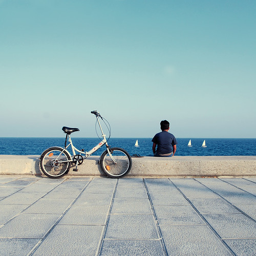 bcn_kid_with_bike