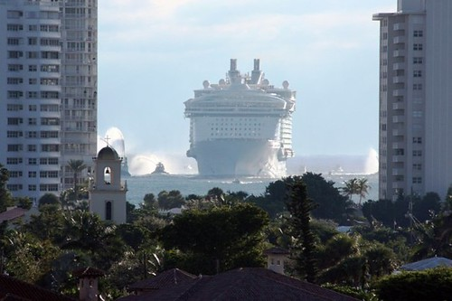 oasis of the seas_inbound | by Monica R.