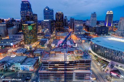 aerial buildings builtstructure city cityscape construction constructioncrane crane downtown downtowndistrict dusk evening highangleview highrises horizontal kansascity midwestusa missouri newconstruction nopeople powerandlightdistrict skyline sunset twilight twolighttower twolighttowerconstruction uavaerial underconstruction unitedstates us