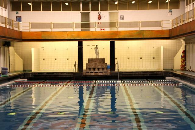 Belgique bruxelles piscine de saint josse ten noode for Piscine belgique