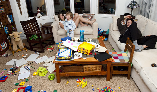 chaos im eigenheim der spagat zwischen karriere familie. Black Bedroom Furniture Sets. Home Design Ideas