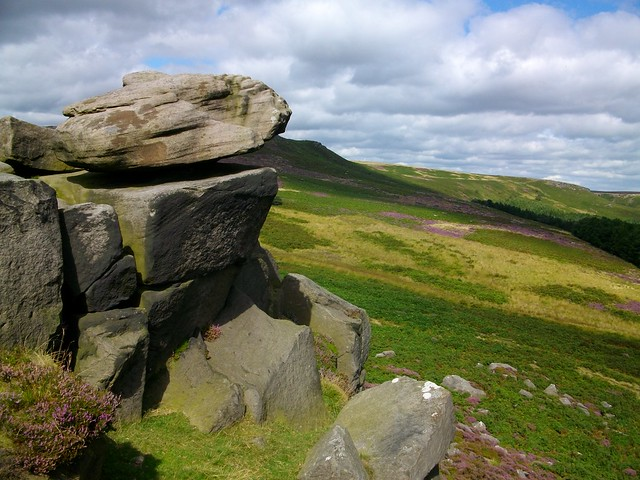 Peak District England - Flickr CC eepaul