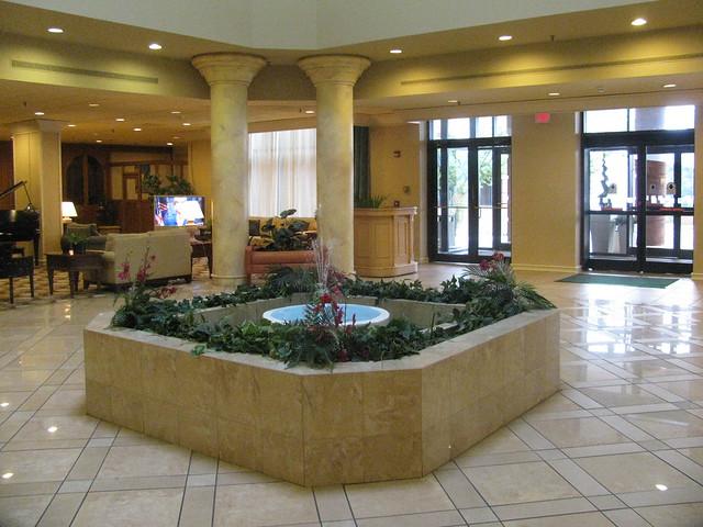 Holiday Inn Va Beach Norfolk Hotel