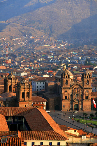 travel roof sunset red mountains peru southamerica inca cuzco architecture america ruins cathedral cusco explore andes plazadearmas lacompania keesstraver