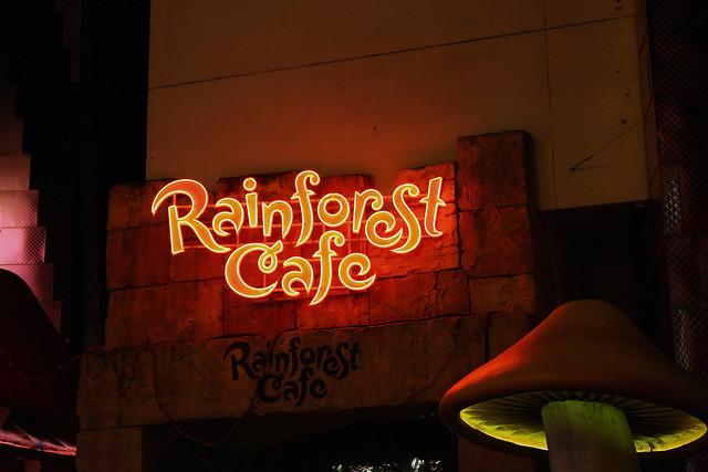 Rainforest Cafe Disneyland Closing