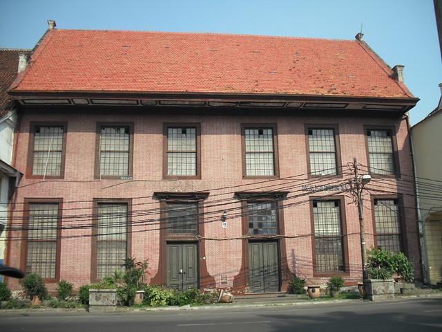 Kantor toko merah merupakan rumah mewah terbesar dari abad ke 18 di