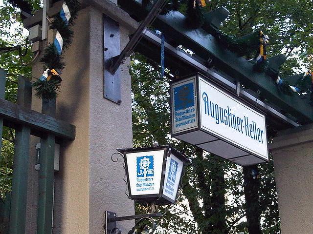 Augustiner Keller Biergarten: Munich