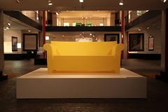 Sedia louis victoria lou lou ghost kartell by philippe for Imitazioni sedie design