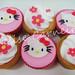 Cupcakes Hello Kitty by anelisecarneiro