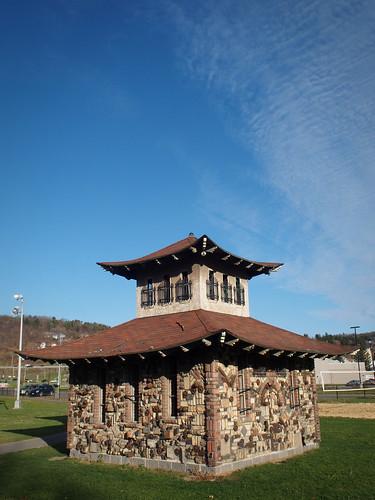 sky ny pagoda olympus recycle johnsoncity ep1 17mm zd olympusep1