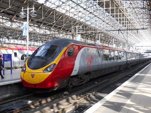 Virgin Pendolino at Piccadilly Station