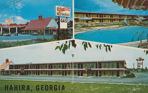 vintage georgia restaurant postcard motel gasstation daysinn aaa hahira tastyworld poolview triview
