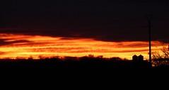 Embrasement sunset. Hagetmau, 29 décembre 2009, six heures moins dix. / zyx 047 /