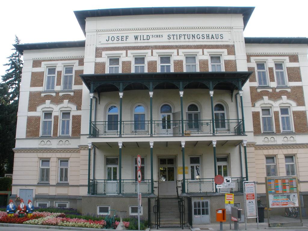 Wien 13 Bezirk Krankenhaus Lainz Hospital Wolkersbergenstraße
