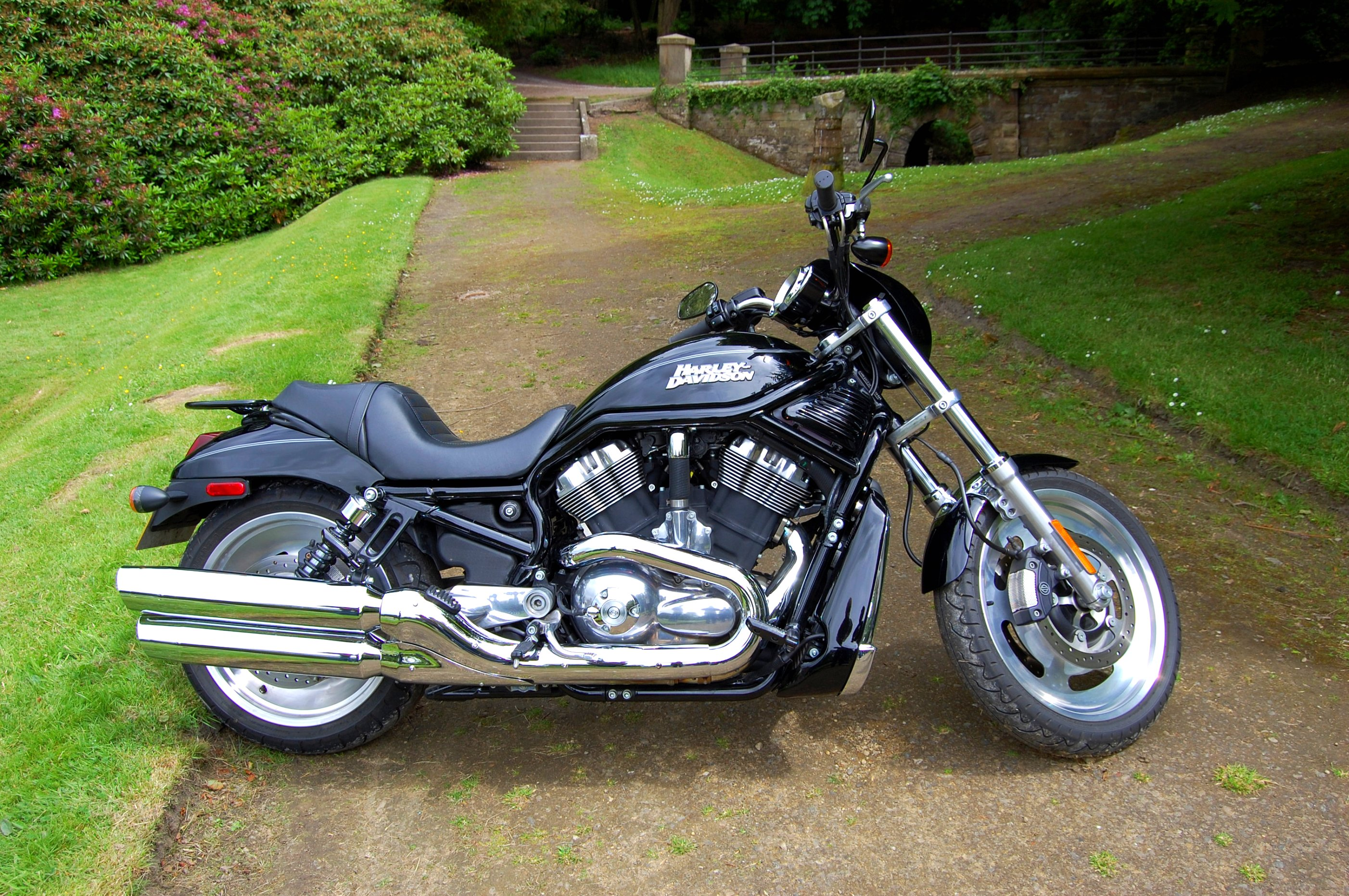 Harley Davidson Usa: HARLEY- DAVIDSON. VRSC 1250 CC. V TWIN. USA.