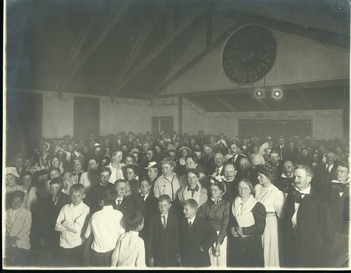 Singing school conducted at Jacksonville as part of six-day Extension school in August, 1915. ...