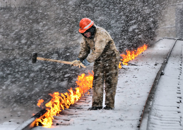 US---Heating-the-rail-two--