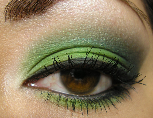 BFTE Green Smoky Eye Closeup