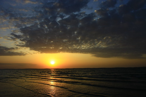 sunset qatar khoraldaid