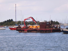 crane vessel (floating), machine, vehicle, transport, ship, fishing vessel, construction equipment, watercraft, tugboat, barge, boat, waterway, infrastructure,