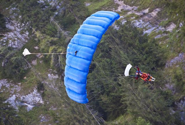 Skydiving in Lauterbrunnen