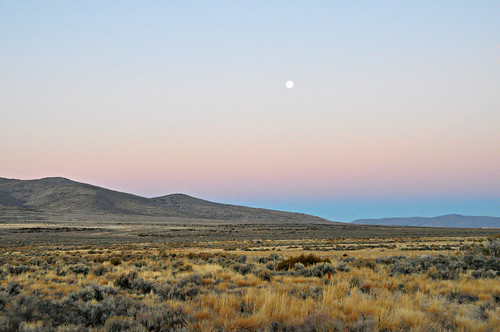 ca moon sunrise litchfield us395