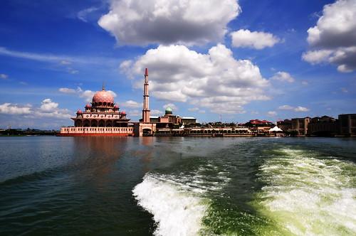 putrajaya....mosque