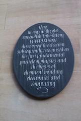 Photo of J. J. Thomson black plaque