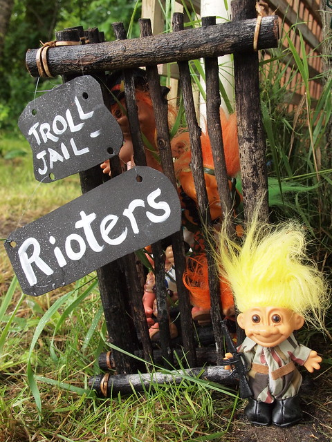 toy troll jail